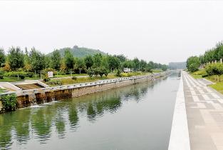 濮阳实施濮水河治理清淤工程纪实