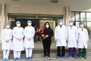 濮陽(yang)首例新冠肺炎患者治愈出院(yuan)