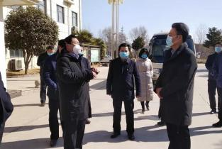 杨青玖调研疫情防控和企业复工复产工作