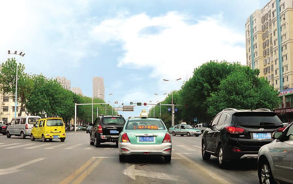 濮阳市城区部分路段已启动先左转、后直行的通行方式