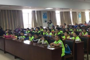 全国爱牙日:市安阳地区医院迎来安阳广电小记者团
