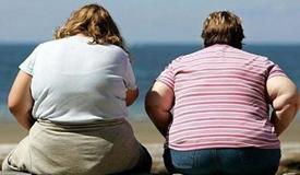 人到中年为何易发福?肥胖有八大健康风险